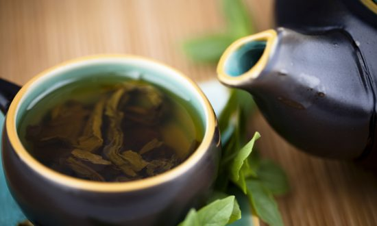 Science or Snake Oil: Do Skinny Teas Boost Weight Loss?