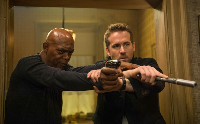 (L–R) Darius Kincaid (Samuel L Jackson), and Michael Bryce (Ryan Reynolds) in