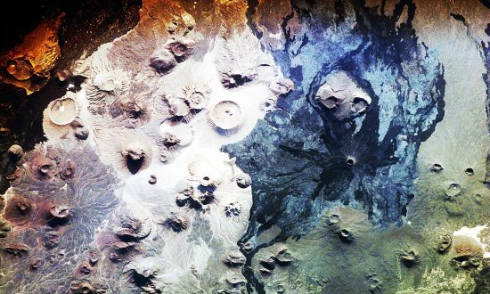 Scientist Discovers 400 Mysterious Stone Structures in Ancient Saudi Arabian Volcanic Field