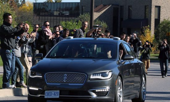 BlackBerry Sees Detroit Auto Show as Next Stop on Road to Future