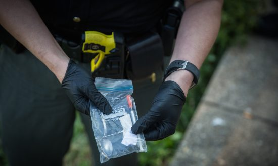 Close to $800 Million Worth of Illegal Opioids From China Enter US Through Postal Service Loopholes