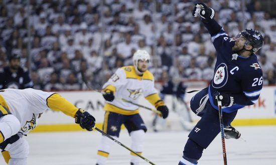 Predators Get It Right in Game 4 Win as Rinne Shines
