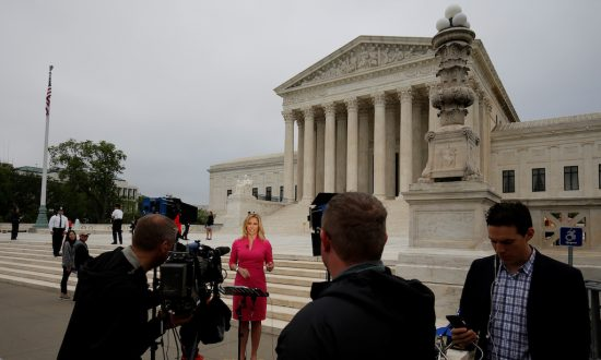 US High Court Paves Way for States to Legalize Sports Betting