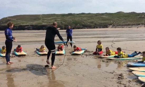 School Puts Surfing on Curriculum After Head Makes Amazing Discovery