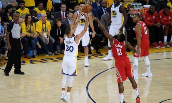 Stephen Curry Goes Ballistic: Warriors Shoot Down the Rockets