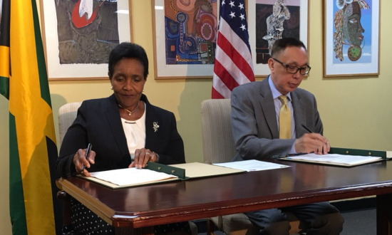 US, Jamaica Sign Agreement to Fight Child Trafficking