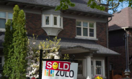 Vancouver, Toronto Housing Markets Still Reeling