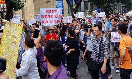 Vietnam's Proposed Economic Zones Draws Protests, Concerns of Chinese Encroachment
