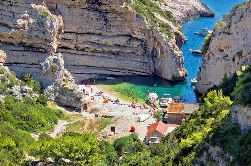 Mamma Mia! Here Come the Tourists Again