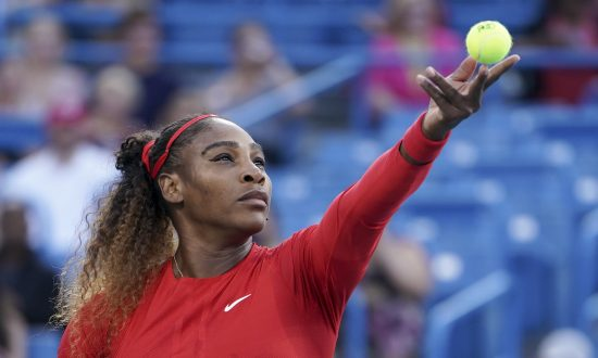 Williams Wins Cincinnati Opener; Murray First-Round Victim