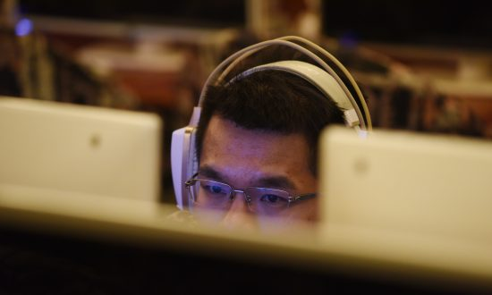 In China's Social Media Ecosystem, News Accounts Profit Off Plagiarized Content