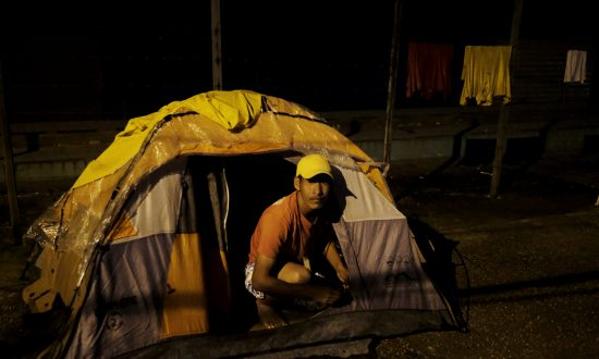 Brazilian Border Town Residents Drive out Venezuelan Immigrants